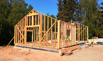Kas jāņem vērā būvējot māju?